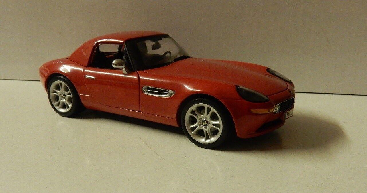 Faites Faites Faites plaisir à vos clients Kyosho BMW z8 avec rigide rouge 1/18 | Dans De Nombreux Styles  c56c57