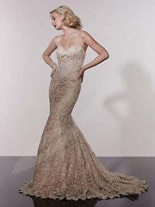 NWT-Size-14-Champagne-long-ALL-LACE-bridal-gown-Private-collection-18929