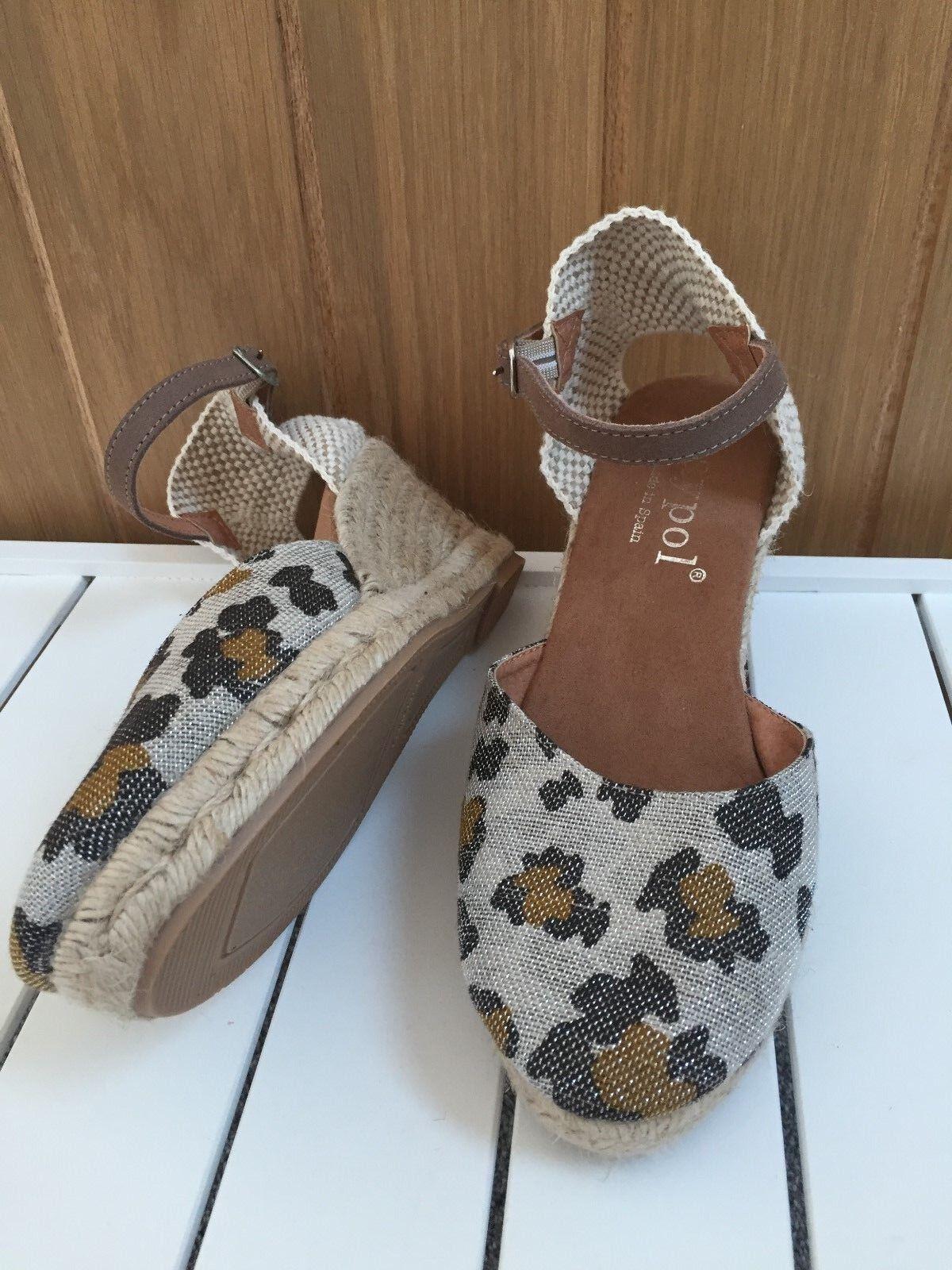Maypol Spain Beige Leopard animal print Espadrille Wedge shoes –  UK 6 EU 39 NEW