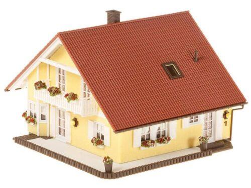 FALLER 130397 Haus Familia Bausatz H0