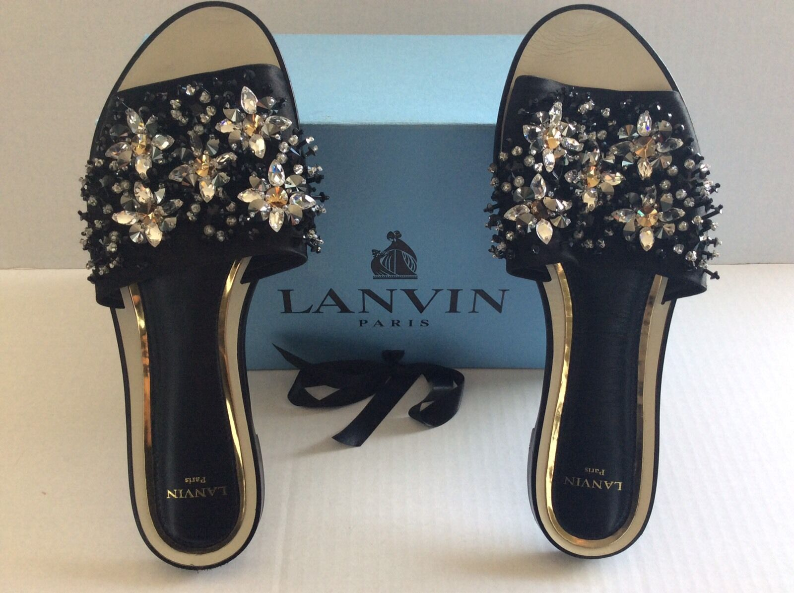 Lanvin Flat Mule Sandal With Embroidery Size 42 New with Box
