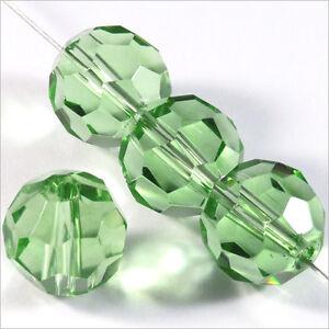 Lot-de-10-perles-a-FACETTES-12mm-en-Cristal-de-Boheme-Vert-Clair