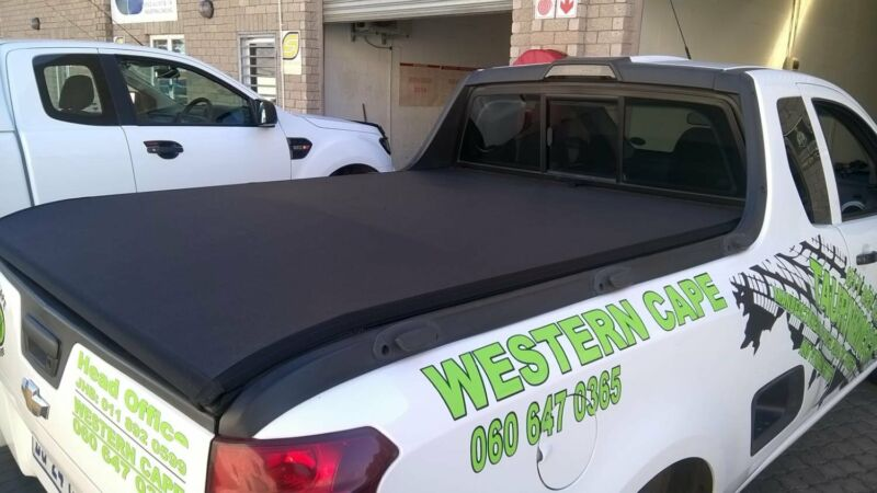 Bakkie Tonneau covers and Accessories for the CHEV Utility
