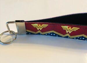 Key-Fob-Chain-Holder-Wrist-Lanyard-Strap-Wonder-Woman-Gold-Red-Stars-Hero-Girl