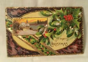1910-Embossed-Christmas-Postcard-A-MERRY-CHRISTMAS-holly-and-berries