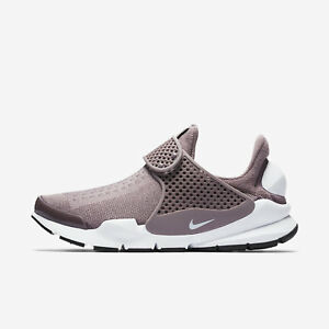 9003e9f1 Nike Sock Dart Women's Taupe Grey 848475-201 White-Black Slip-On ...