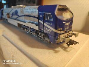 Locomotive-HO-Mehano-166-Diesel