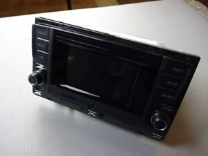 vw golf sportsvan touran 5t radio composition touch dab. Black Bedroom Furniture Sets. Home Design Ideas