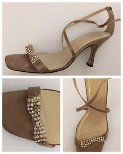 Ladies Sandal Shoes Size 7 Gold Mocca