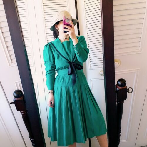 STUNING VINTAGE GREEN laura ashley sailor dress