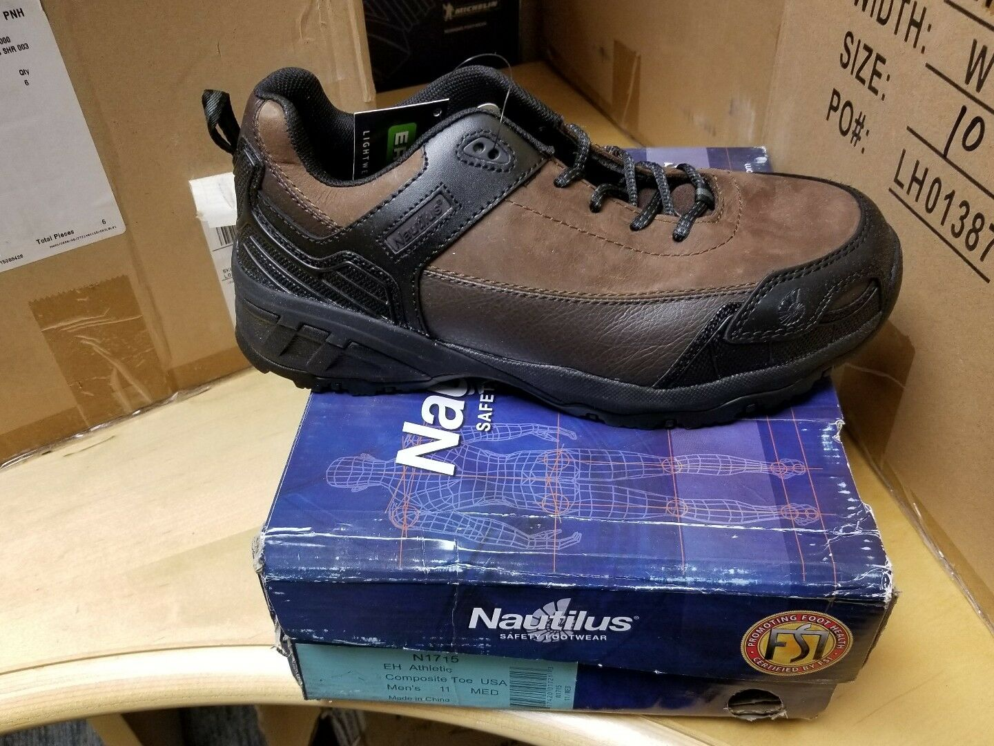 NAUTILUS WORK SHOE  N 1715    11 M