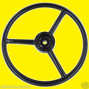 "IH  385734R1 Steering Wheel Cub Cadet 100, 102, 122, 123 13"" Dia., 40 Spline"