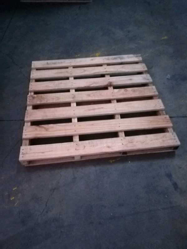 Beautiful Strong wooden pallets to clear   Maitland ...