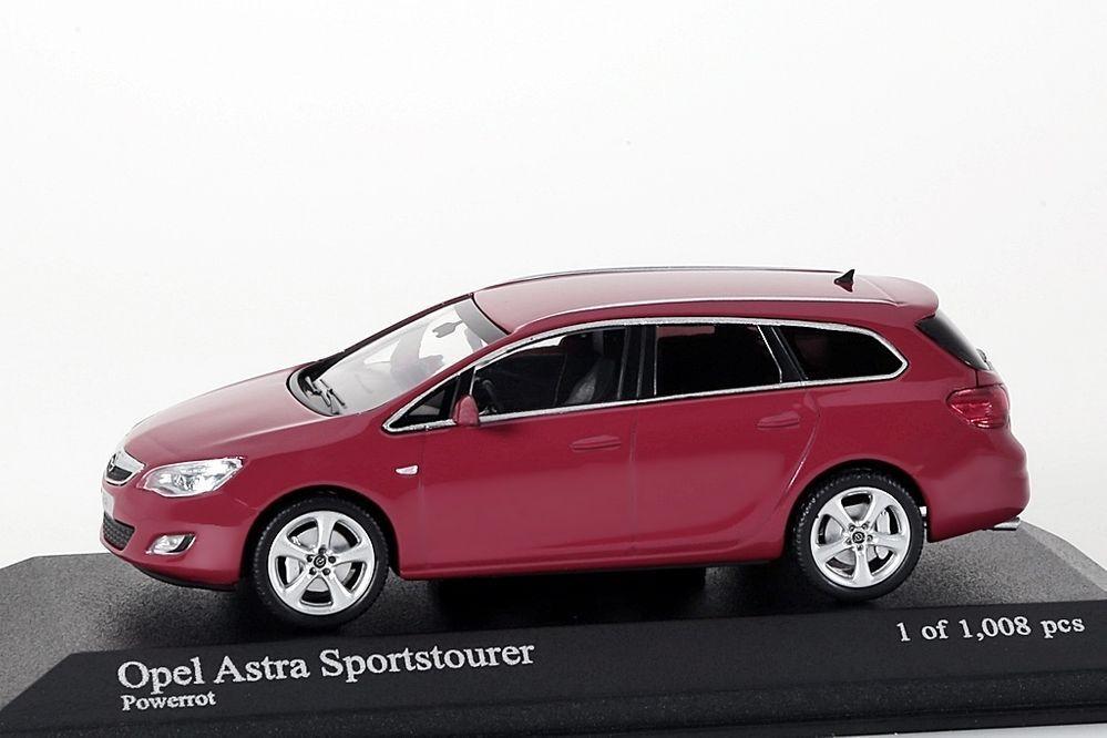 Opel Astra Sportstourer 2001 red red red Minichamps 1 43 NEU OVP 044e36