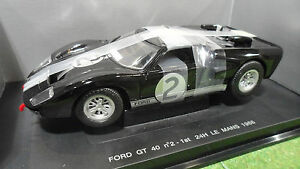 FORD-GT-40-LE-MANS-1966-2-WINNER-1-18-UNIVERSAL-HOBBIES-3019-voiture-miniature