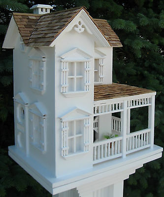 BIRD FARMHOUSE  DECORATIVE TOUCH FOR INDOORS OR OUTDOORS FRONT PORCH
