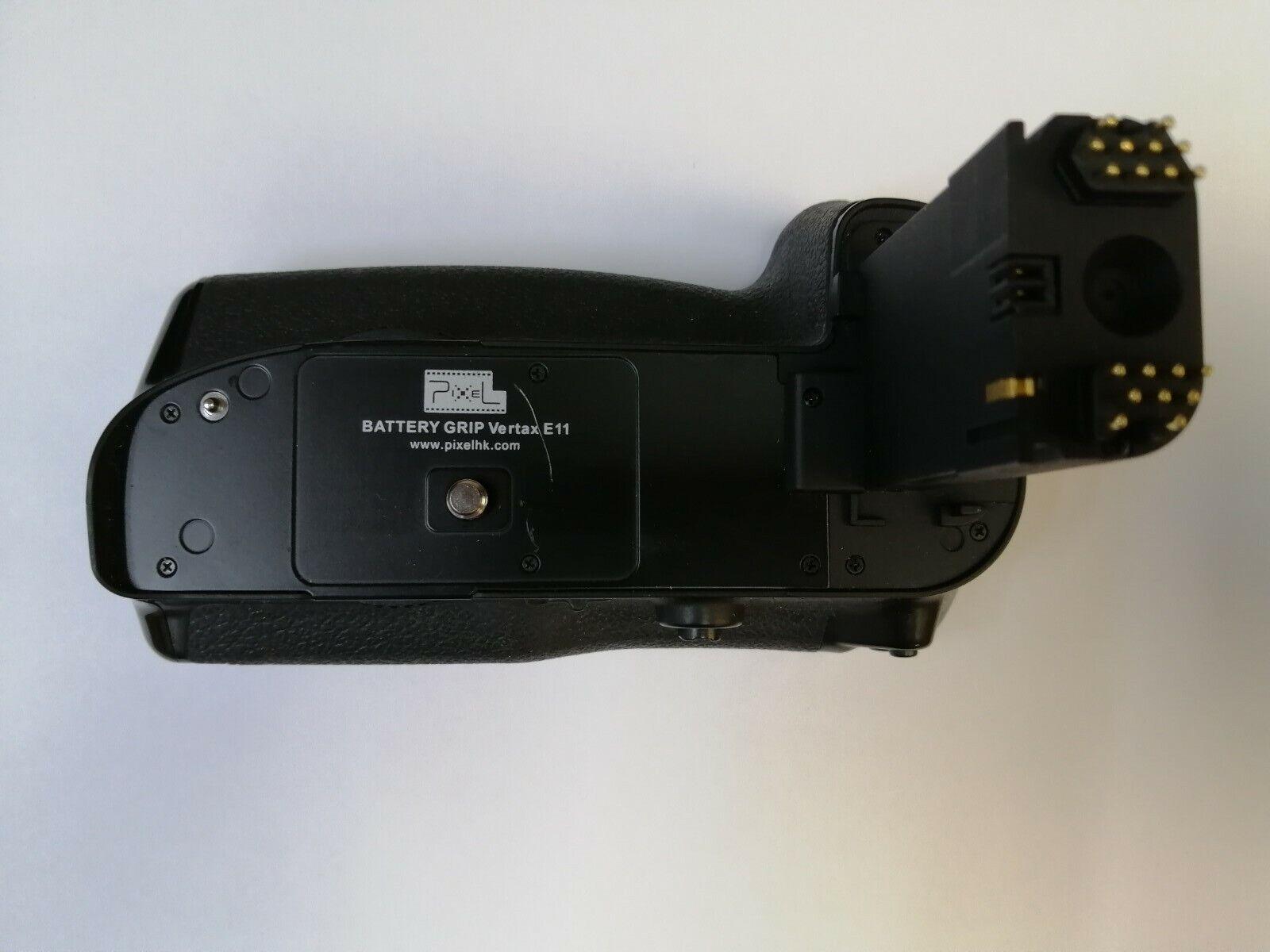 PIXEL Vertax E11 Battery Grip for Canon 5D Mark III, 5DS, & 5DS R BG-E11