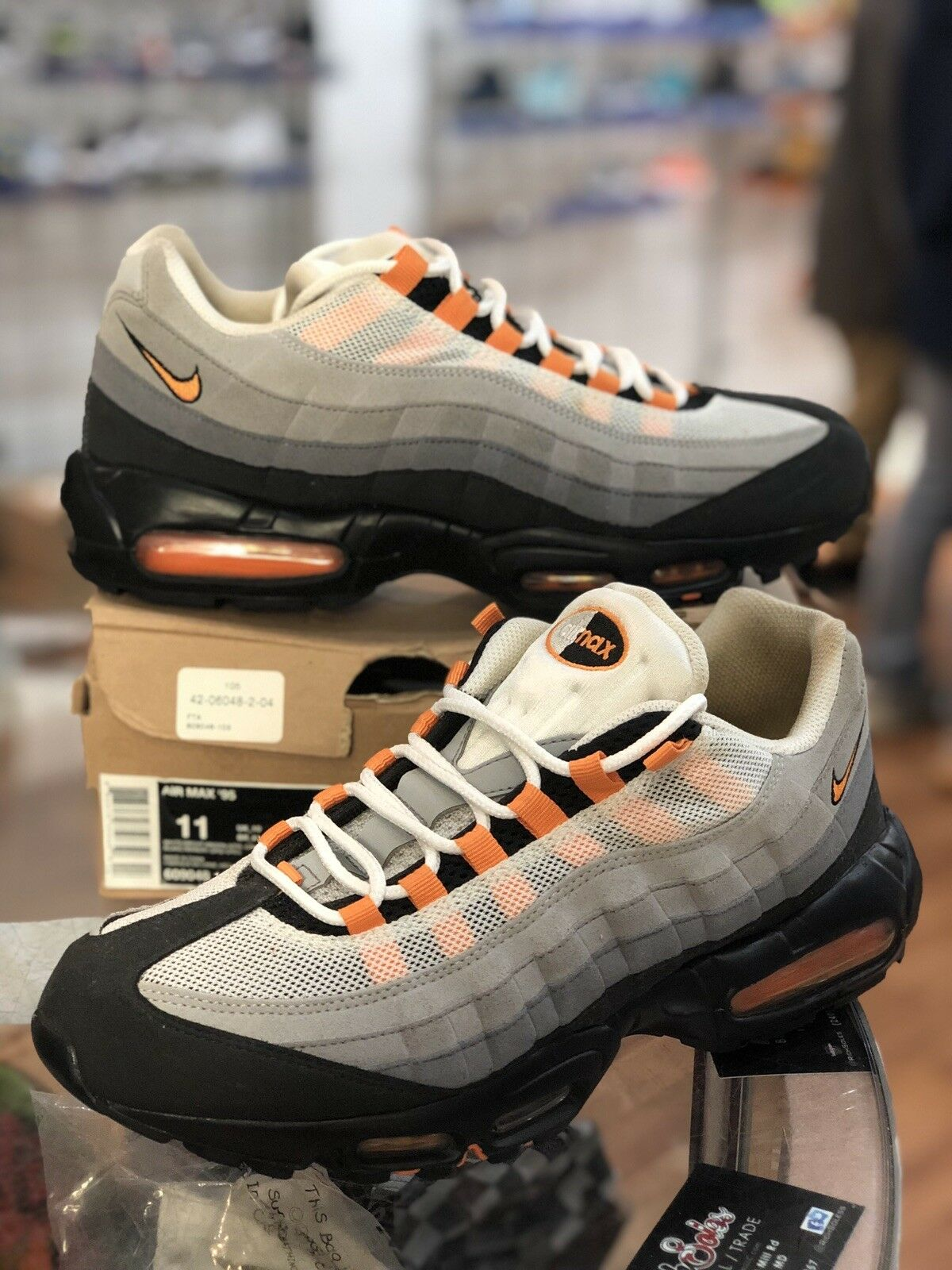 Air Max 95 WHITE BRGHT MNDRN-NTRL GRY-MDM white SIZE 11 609048-103