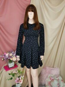cherrie424: Black Collared Dress