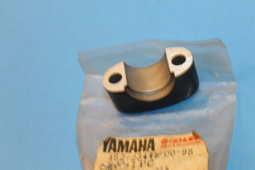 New NOS Yamaha 1976-1978 LB80 Upper Handle Holder 462-23441-00-98