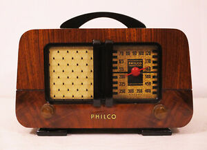 Old-Antique-Wood-Philco-Vintage-Tube-Radio-Restored-Working-Art-Deco-Table-Top