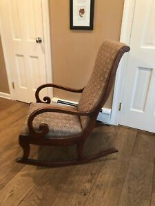 Beautiful-Wood-Rocking-Chair-Tapestry-Victorian-Vintage-Antique