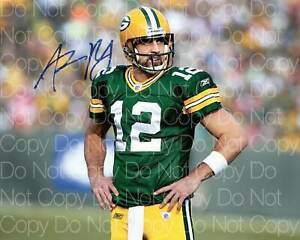 Aaron Rodgers Packers NFL Football signed 8X10 print photo poster autograph RP
