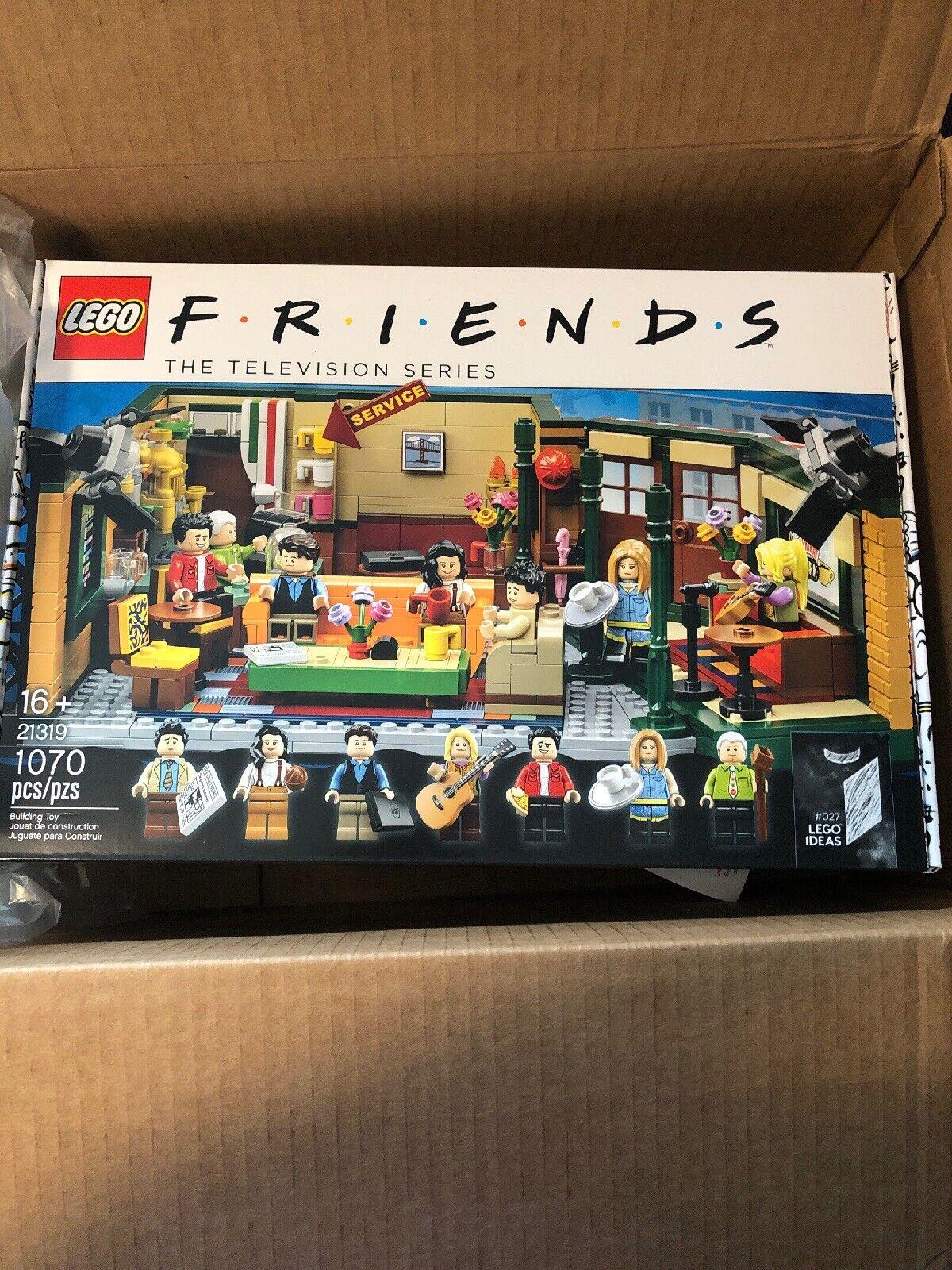 Lego freunde Central Perk 21319 Brand New IN HAND