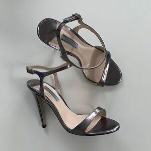TONY-BIANCO-Silver-Gunmetal-Open-Toe-Stiletto-Leather-Strappy-Heels-Shoes-7-5