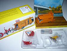 Fourgon Peugeot J7 dépannage autoroutes - ref 570 A au 1/43 de dinky toys atlas