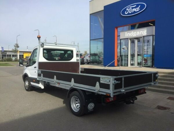Ford Transit 470 L4 Chassis 2,0 TDCi 170 Trend H1 RWD - billede 2
