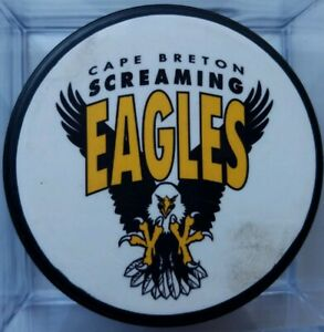 CAPE-BRETON-SCREAMING-EAGLES-BOURGEOIS-9-RARE-OFFICIAL-PUCK-MADEin-CANADA