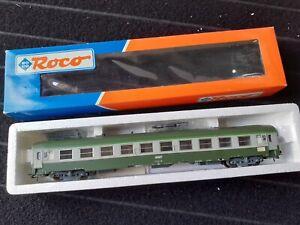 ROCO-44605-HO-1-87-voiture-UIC-type-Y-2eme-classe-SNCF