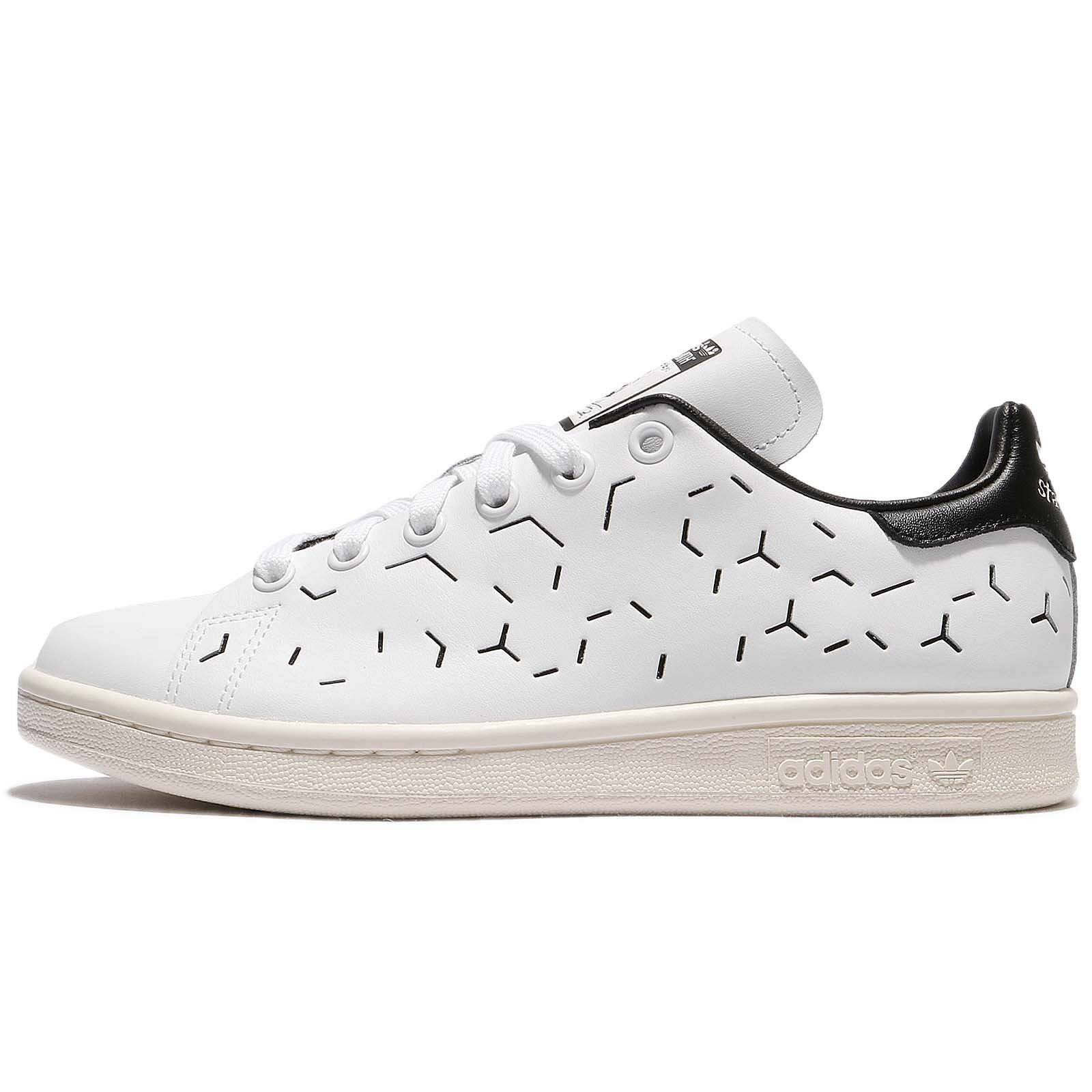 Adidas Originals Women's Stan Smith shoes Size 6 us BZ0393