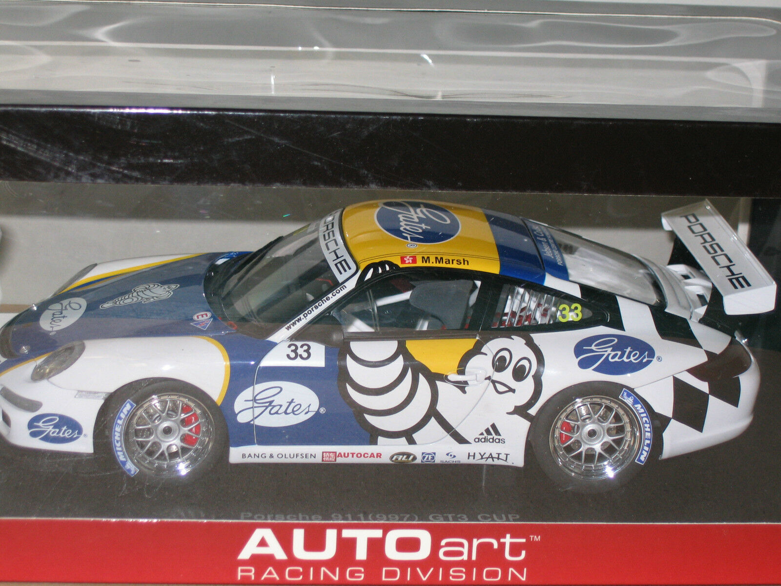 1 18 AUTOART PORSCHE 911 ( 997 ) GT3 CARRERA CUP PCCA 2006 M.MARSH MICHELIN