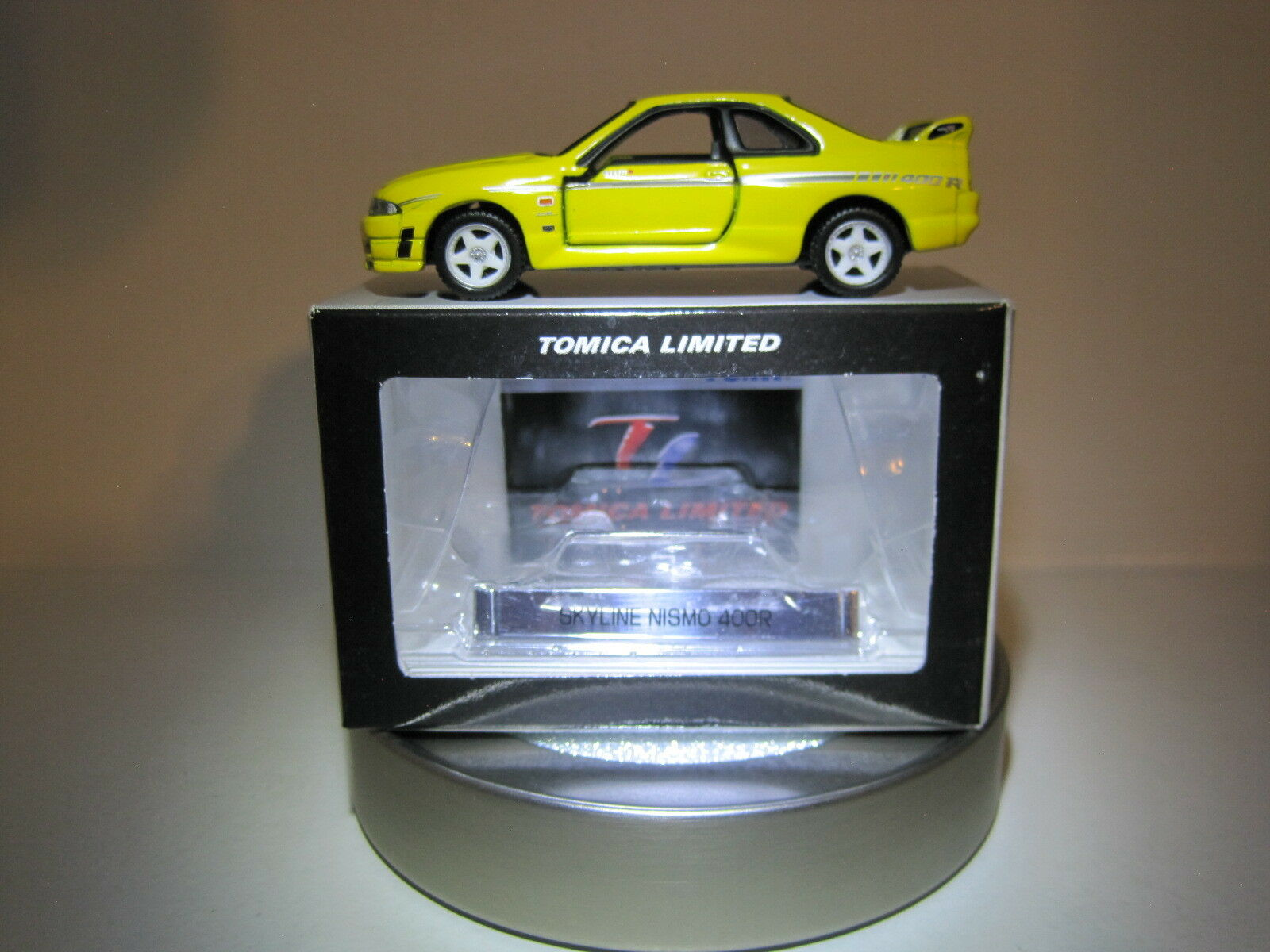 Tomica Limited 20 '96 Nissan Skyline GT-R 33 Nismo 400R 1 60 Die cast Mint