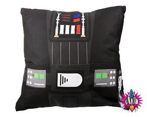 La Fourniture Official Star Wars Darth Vader Retro Cushion With Pocket New With Tags Pour Assurer Des AnnéEs De Service Sans ProblèMe