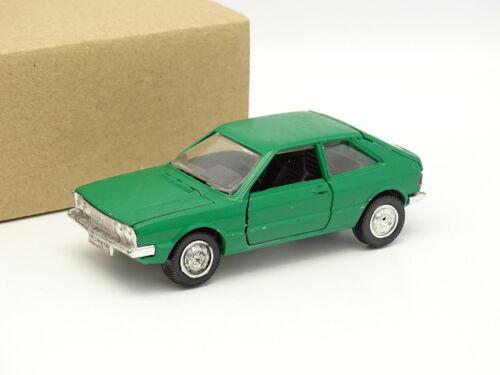 Fahrzeuge VW Scirocco MKI grün schuco SB 1/43