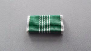 A14-310-US-Orden-Army-Commendation-Medal-Bandspange-Deutsches-System