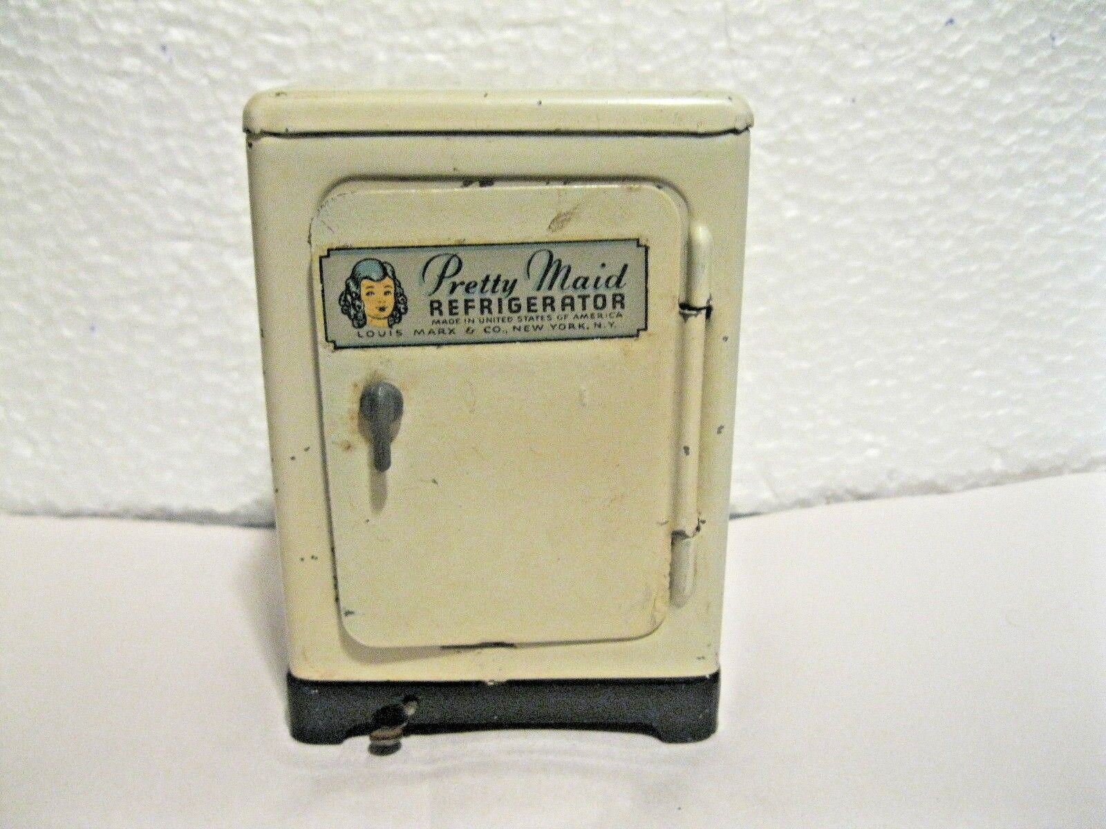 RARE VINTAGE 1957 LOUIS MARX CO OF NY TOY PRETTY MAID REFRIGERATOR