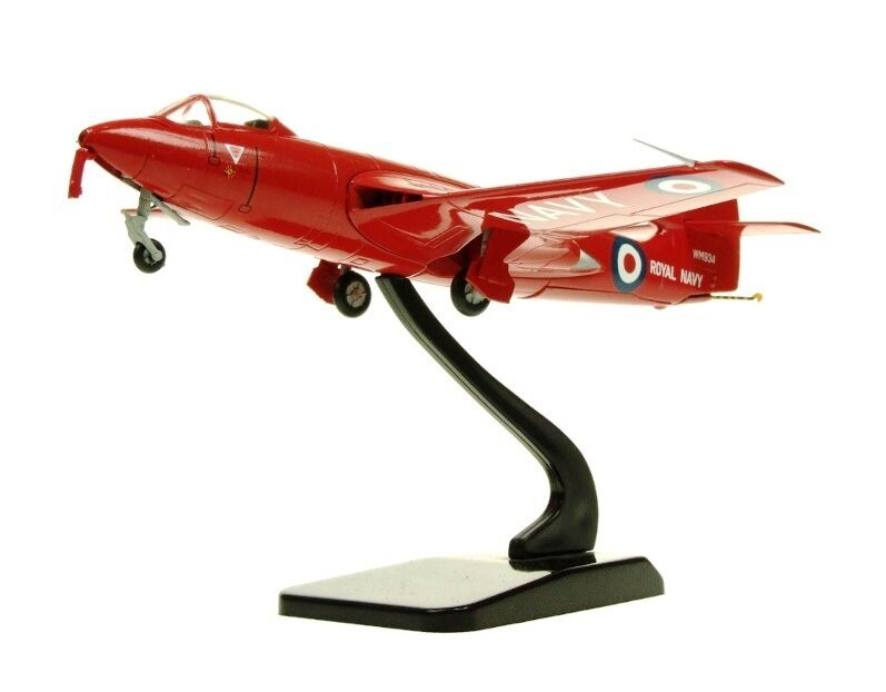 AVIATION72 AV7223007 1 72 SEA HAWK - 1957 RED DEVILS DISPLAY TEAM WM934