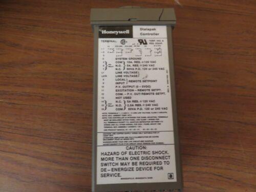 Honeywell AV311AB105  Dialapak Controller Temperature Temp Process 120V