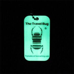CoopéRative Geocaching Qr Travel Bug ® - Glow In The Dark Geocaching Traçables Geocoin-afficher Le Titre D'origine
