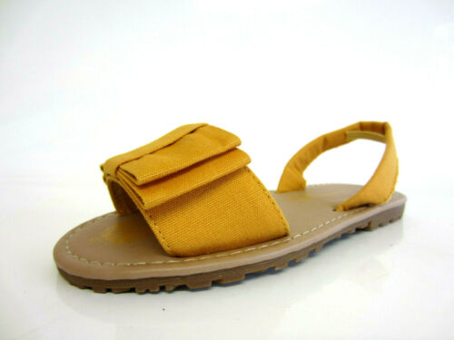 25B Spot On Girls Yellow Flat Canvas Sandals With Bow Detail H0R125