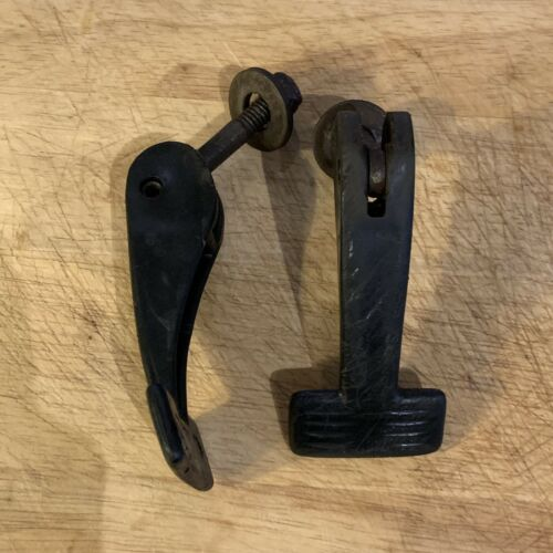 Victa Handle Bar Knobs PAIR OF TWO