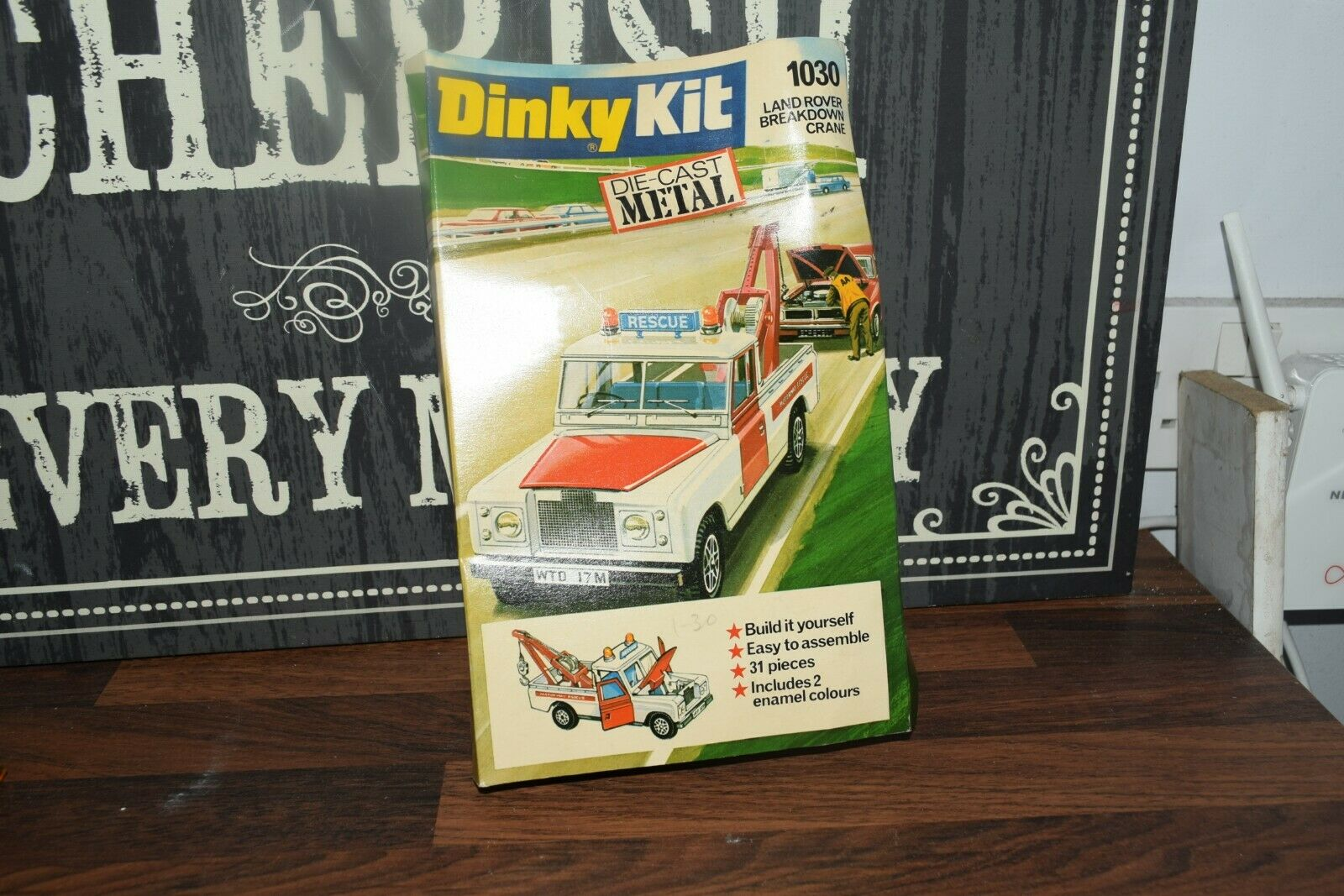 Dinky action Kit   1030 Land Rover Breakdown Truck   Unmade