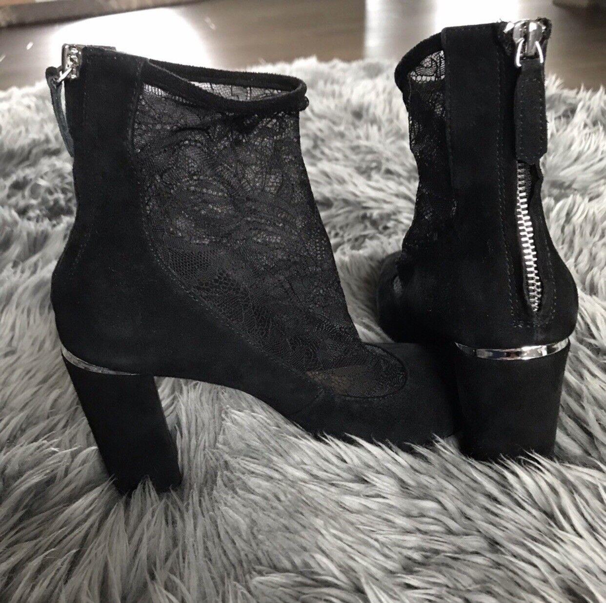 Used Pour La Victorie Bootie Heels