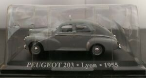 1-43-PEUGEOT-203-TAXI-LYON-1955-IXO-ALTAYA-ESCALA