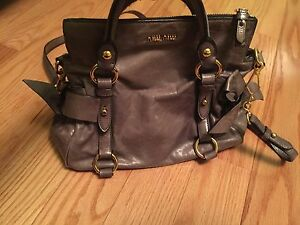 5577a9ae9356 100% Auth MIU MIU VITELLO LUX LEATHER MINI GREY BOW SATCHEL ...