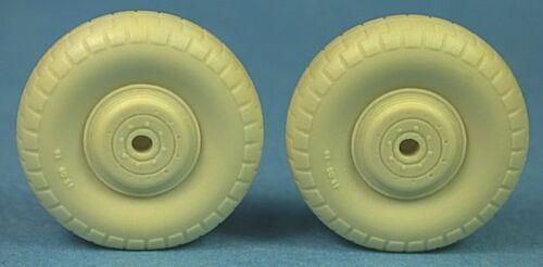 De Havilland Mosquito Standard Wheels 48250 Ultracast 1//48 Australian Z Block
